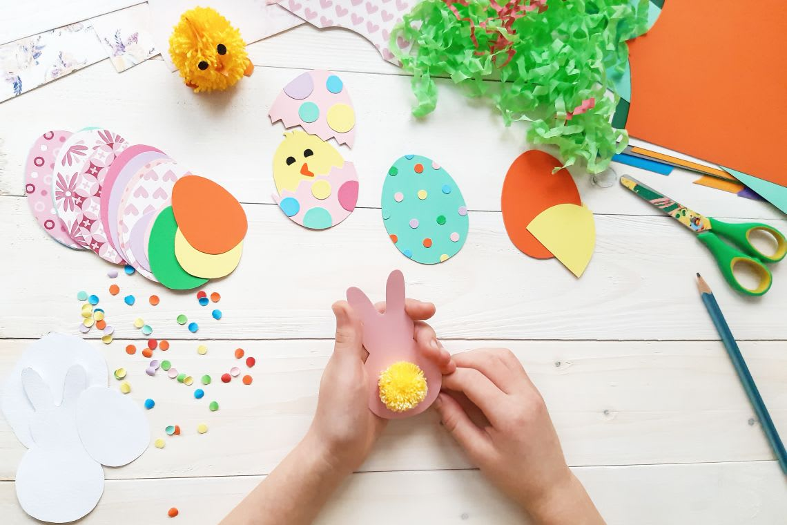 Osterkarten basteln mit Kindern: Tipps & Ideen