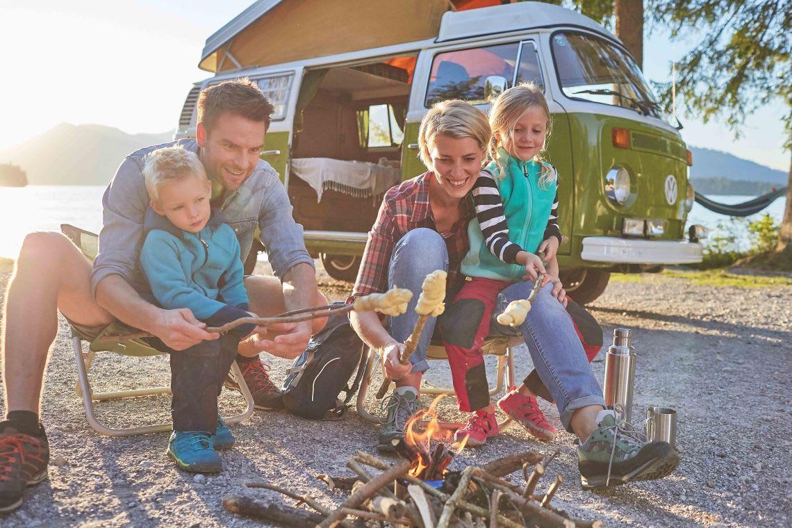Familienzusammenhalt: Familie beim Camping