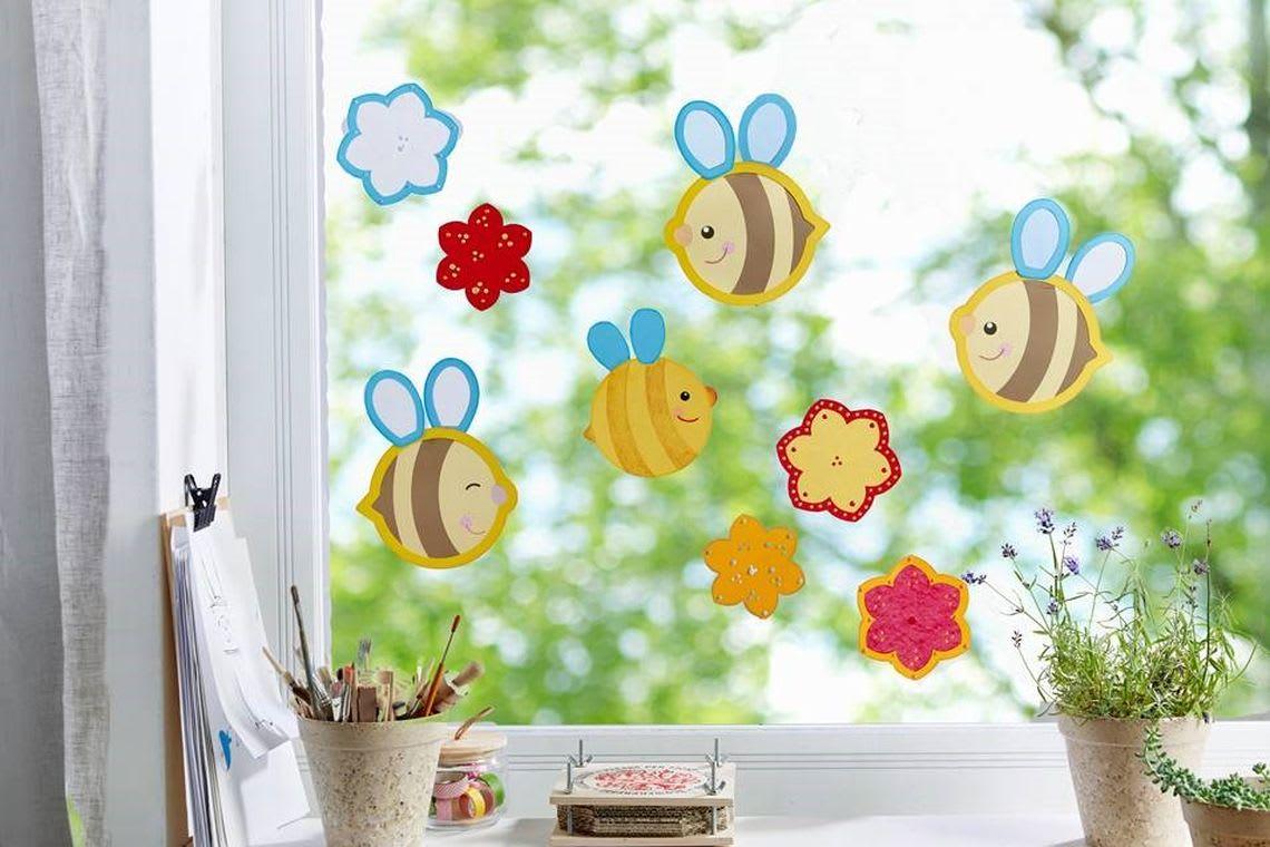 Basteln mit Kindern: Fensterbild mit Bienen